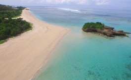 Sumba beach Marosi property