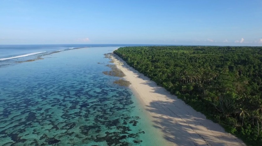 sumba beach property kodi